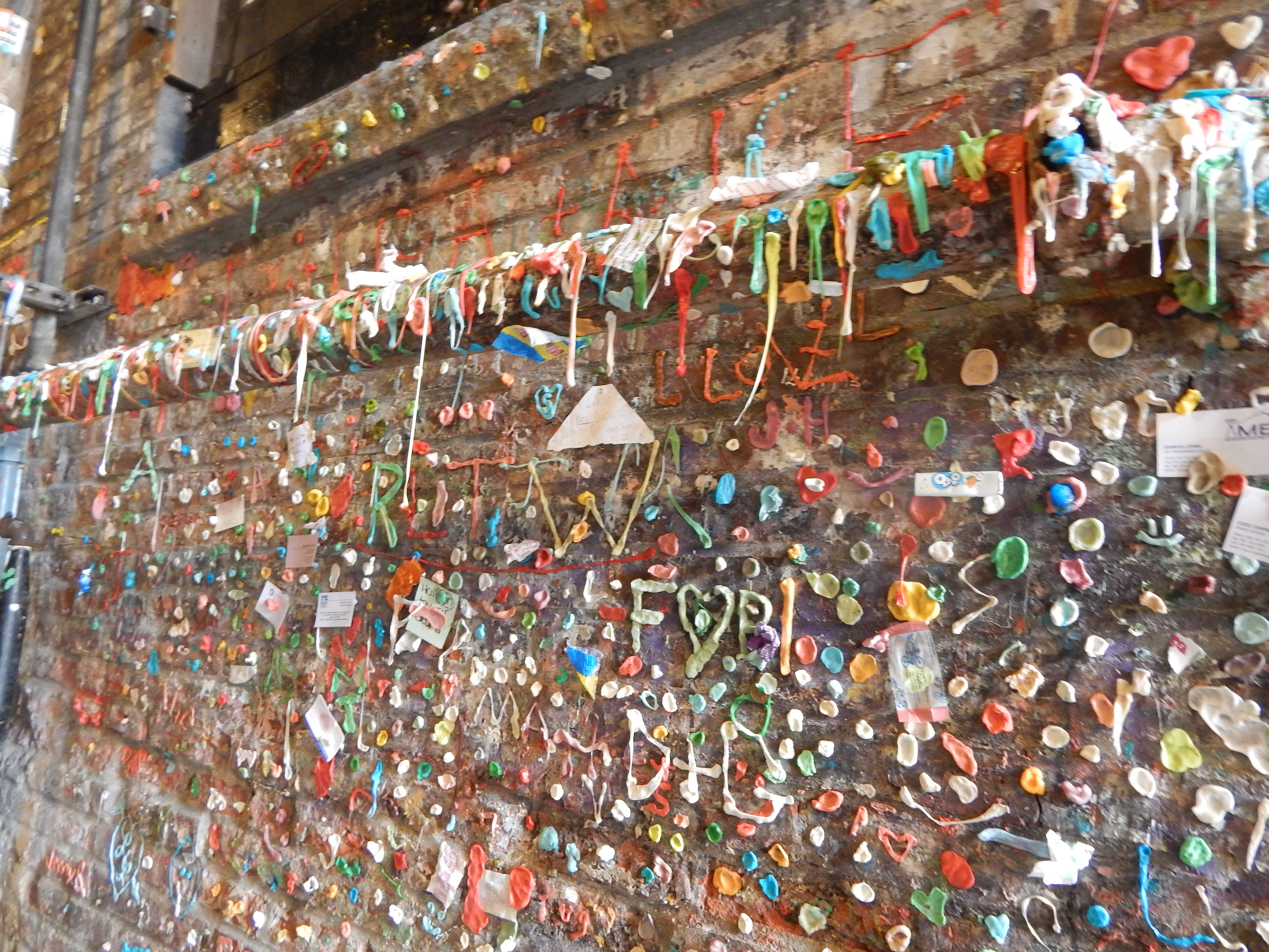 Seattle Gum Wall - Post Alley.