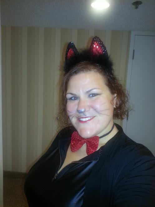 Halloween. Meow!