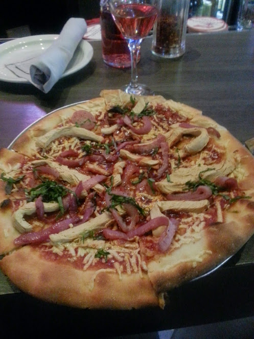 Slice of Vegas vegan pizza!